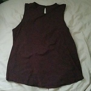 lululemon on the go burgundy tank top size 6